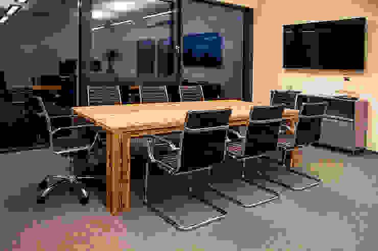 interior design PURUS PLASTICS GmbH by edictum - UNIKAT MOBILIAR Eclectic Wood Wood effect