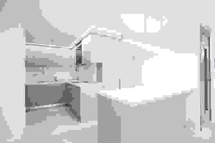 압구정 현대 아파트 인테리어 리모델링(52py) by 바나나웍스 모던 MDF