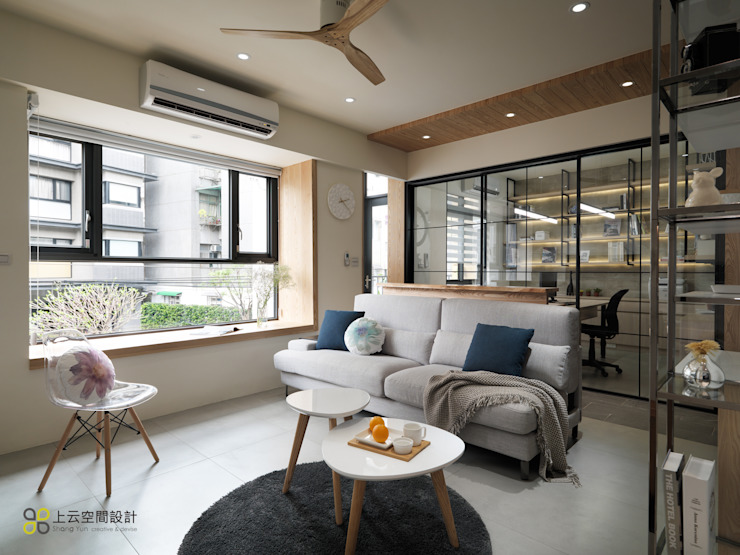 Salas de estilo moderno de 上云空間設計 Moderno