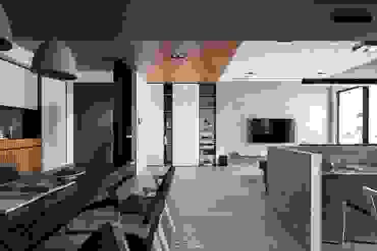 天花板設計 現代風玄關、走廊與階梯 根據 極簡室內設計 Simple Design Studio 現代風