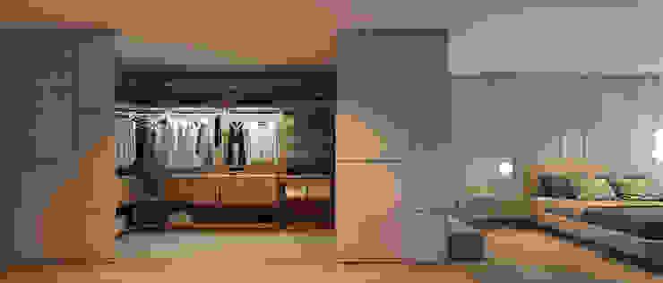 CASA MARQUES INTERIORES BedroomWardrobes & closets