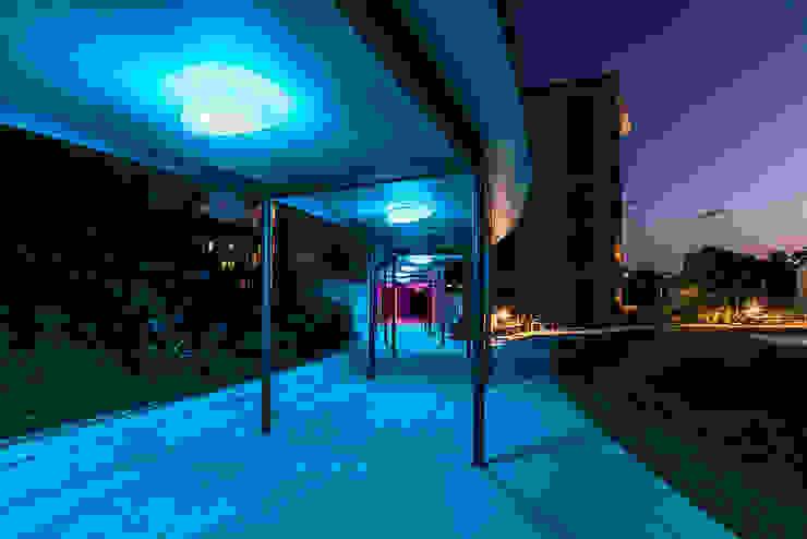 Stone Rgb Led Espacios comerciales de estilo moderno de Alma Light Moderno