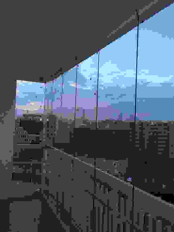 сучасний  by Acristalamientos Madrid, Сучасний