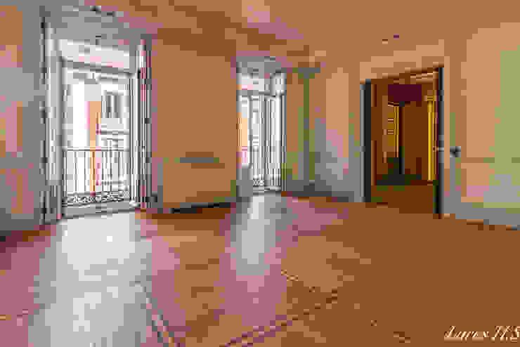 클래식스타일 거실 by Lares Home Staging - Photography 클래식