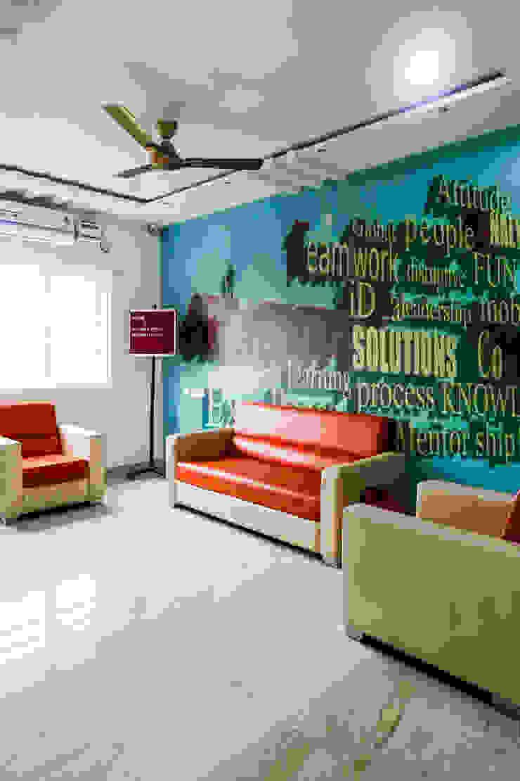 Mr. Sachin Corpus Media Labs Modern office buildings by Ghar Ek Sapna Interiors Modern