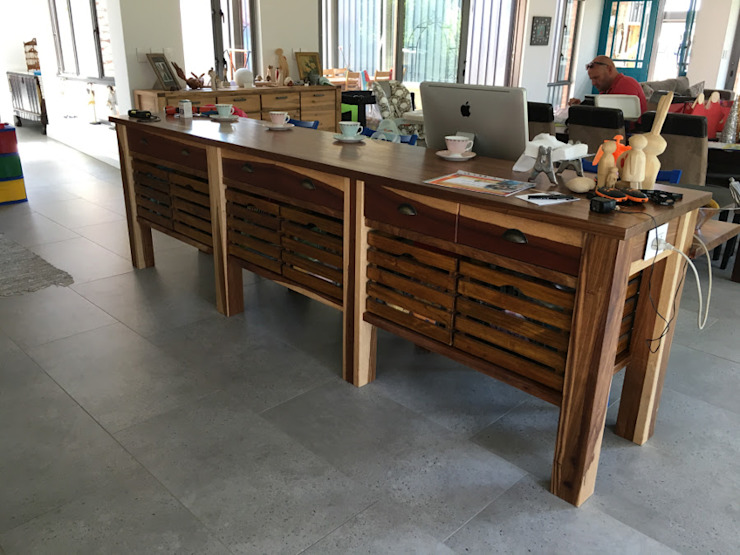 Kitchen breakfast island by Nick and Nelly Kitchens Industrial Wood Wood effect