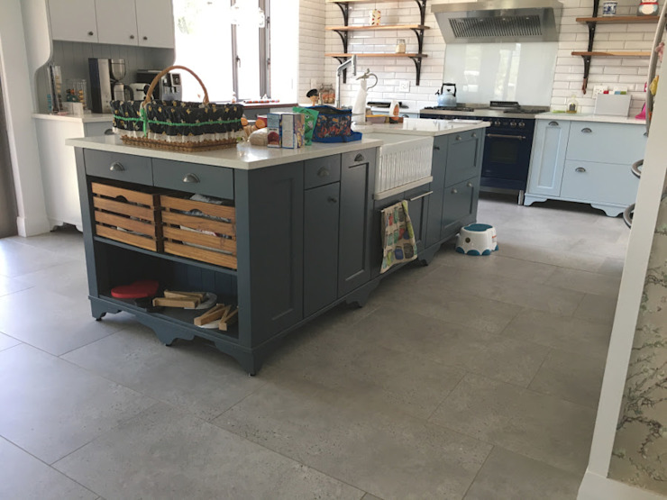 Kitchen island by Nick and Nelly Kitchens Industrial MDF