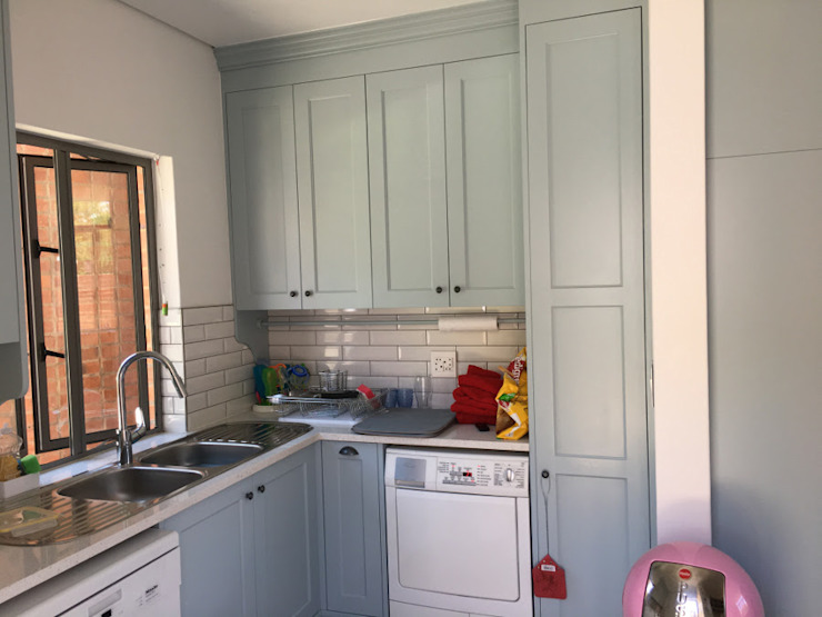Pantry by Nick and Nelly Kitchens Industrial MDF