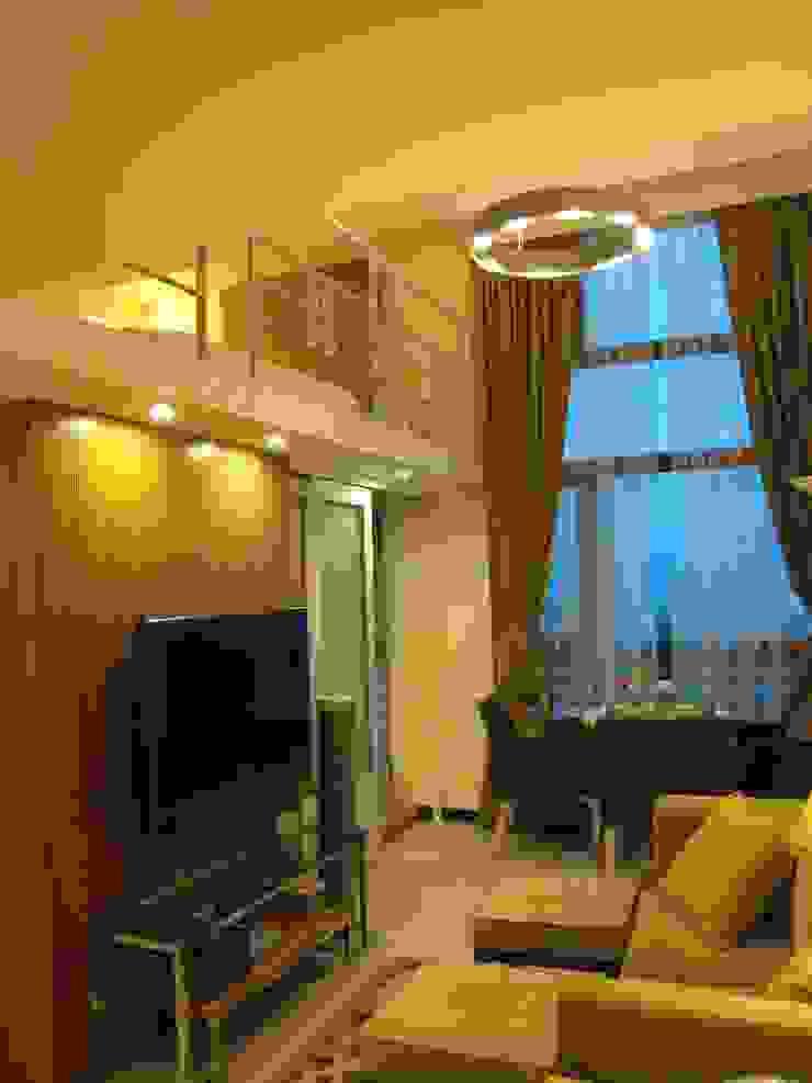 四米2 现代客厅設計點子、靈感 & 圖片 根據 Joy Full Interior Designer 佐輔室內裝修 現代風