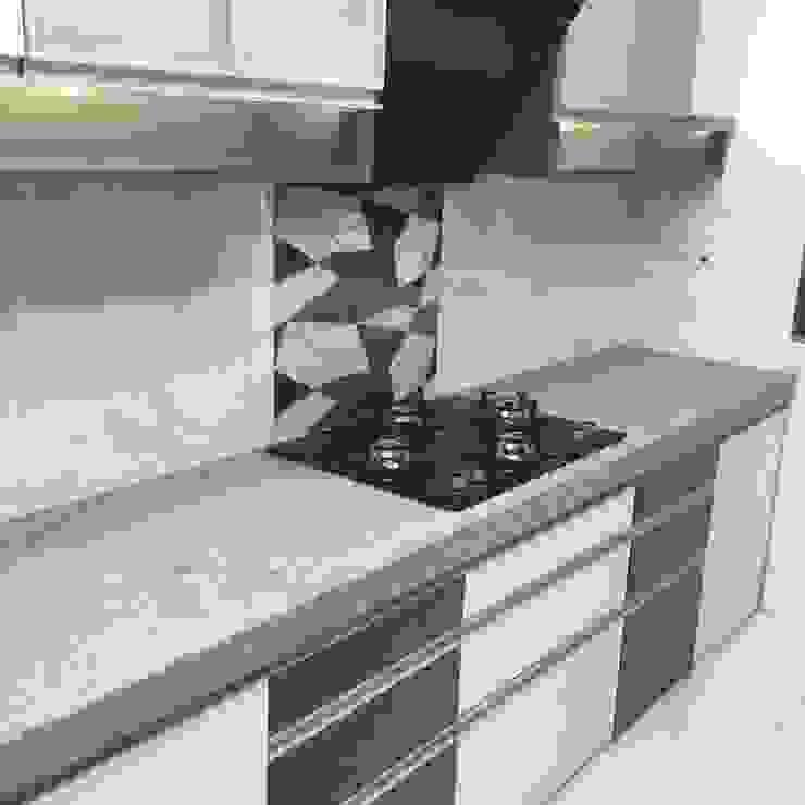 kitchen by KUMAR INTERIOR THANE Modern