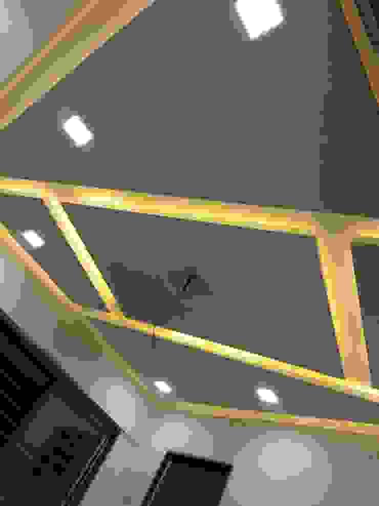 false celling design bedroom by KUMAR INTERIOR THANE Modern