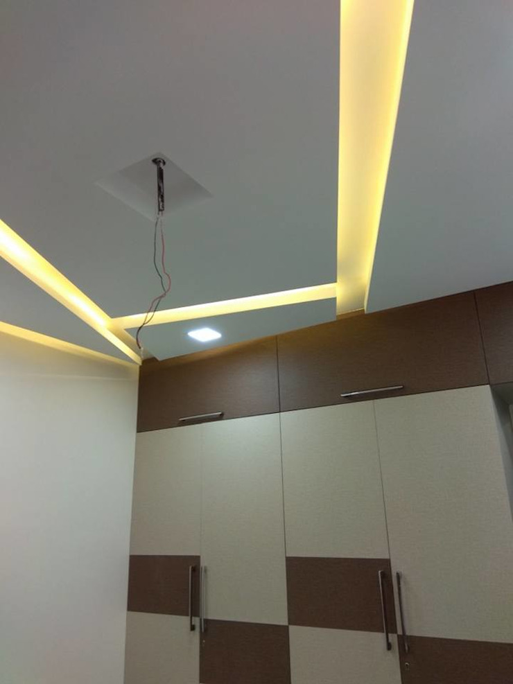 celling bedroom Modern style bedroom by KUMAR INTERIOR THANE Modern