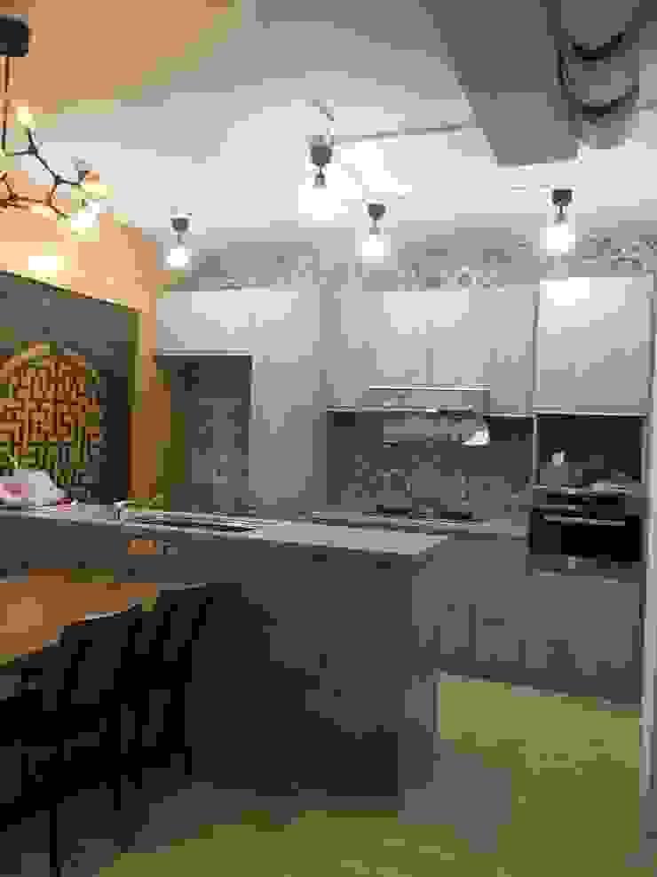 新店 現代廚房設計點子、靈感&圖片 根據 Joy Full Interior Designer 佐輔室內裝修 現代風
