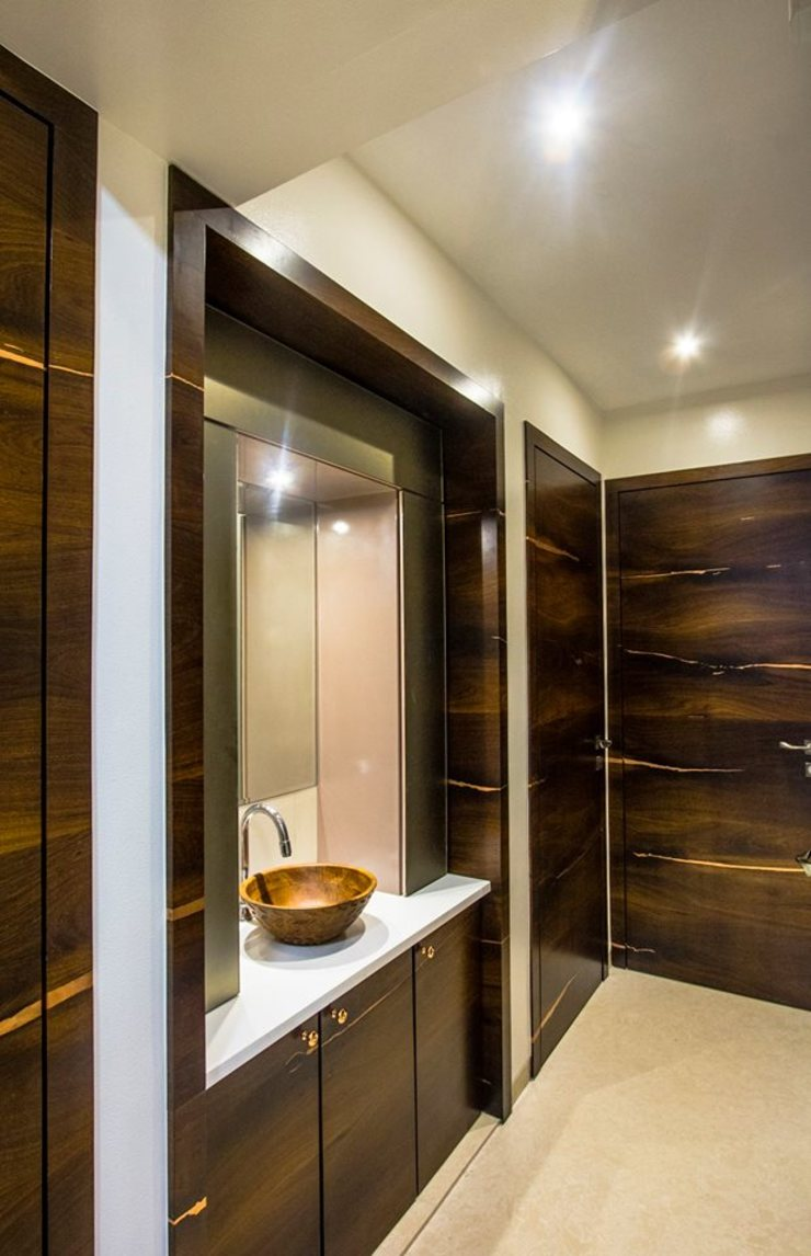 DR.VENKATESH AND DR.MADHUSHREE Modern bathroom by PSQUAREDESIGNS Modern