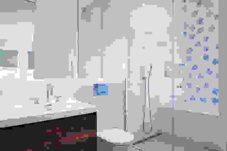 Tribeca Apartment Modern Bathroom by Sarah Jefferys Design Modern