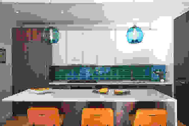 Sarah Jefferys Design Modern kitchen