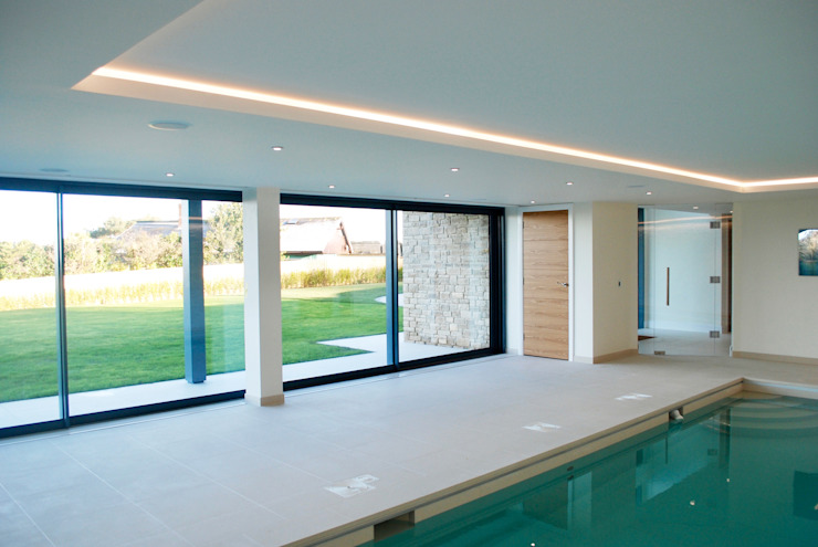Family Home in Swanage, Dorset David James Architects & Partners Ltd Modern pool