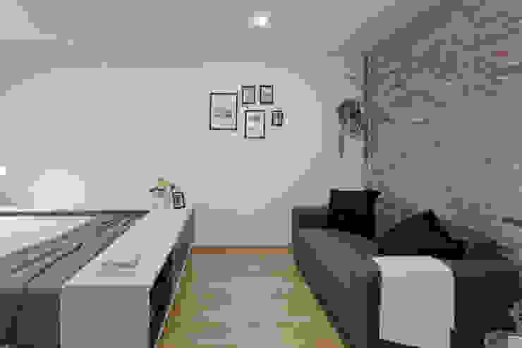 Moderno y acogedor - Interiorismo y Home Staging en Barcelona Salones de estilo escandinavo de Dekohuset Escandinavo