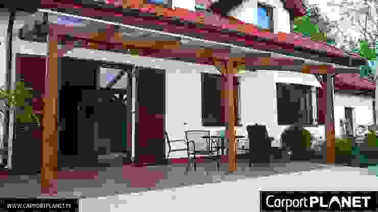 Carport Planet Mediterranean style balcony, veranda & terrace