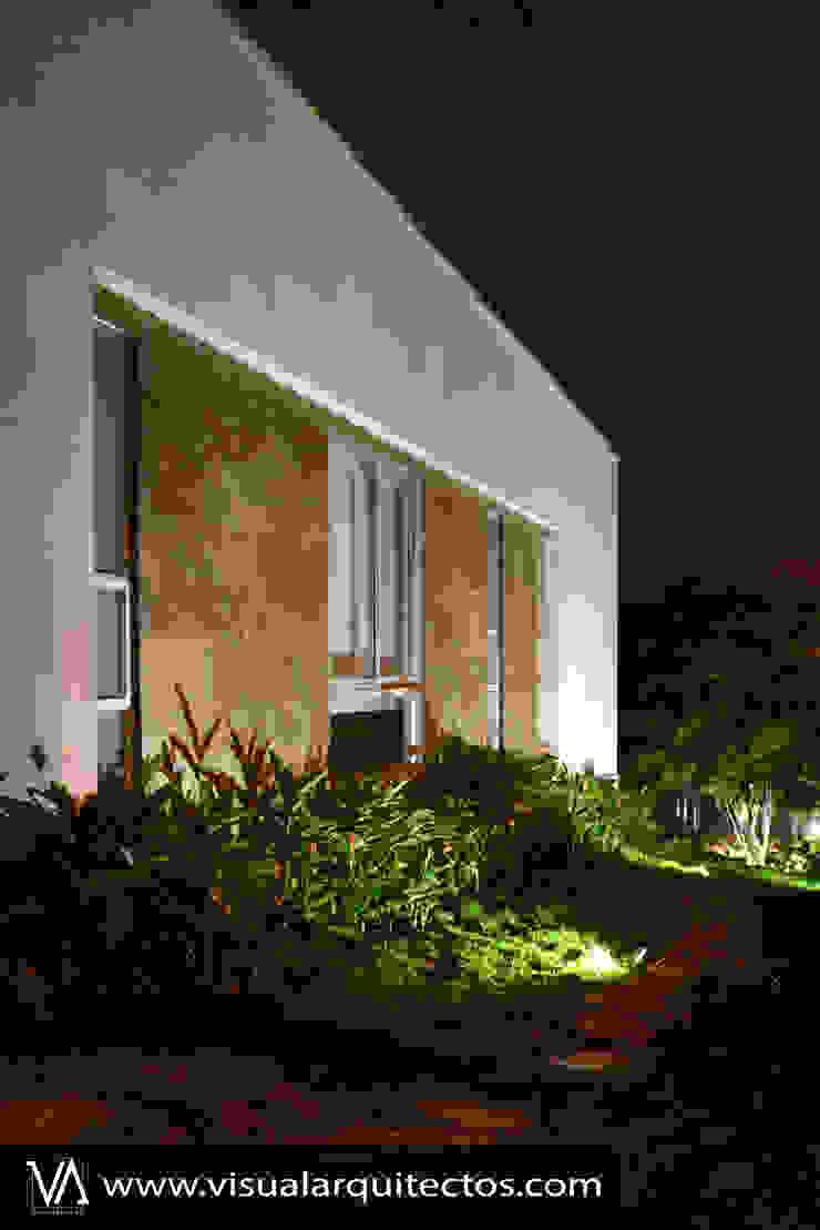 Casa Gaviria de Visual Arquitectos Moderno Contrachapado