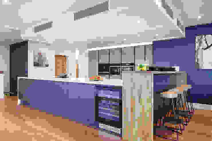 Penthouse interior by SMB Interior Design SMB Interior Design Ltd Kitchen units