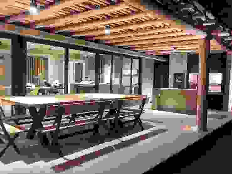 โดย FAARQ - Facundo Arana Arquitecto & asoc. ชนบทฝรั่ง ไม้ไผ่ Green