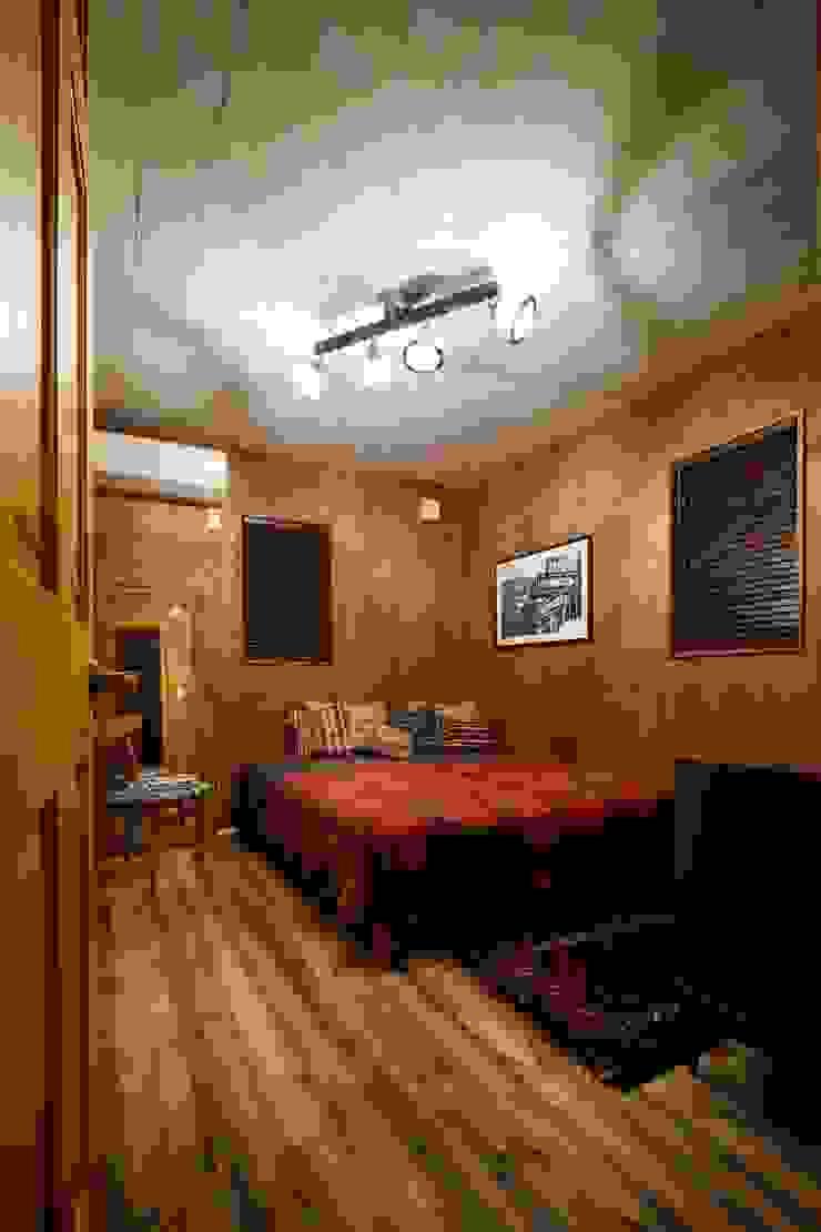 Camera da letto in stile industriale di dwarf Industrial