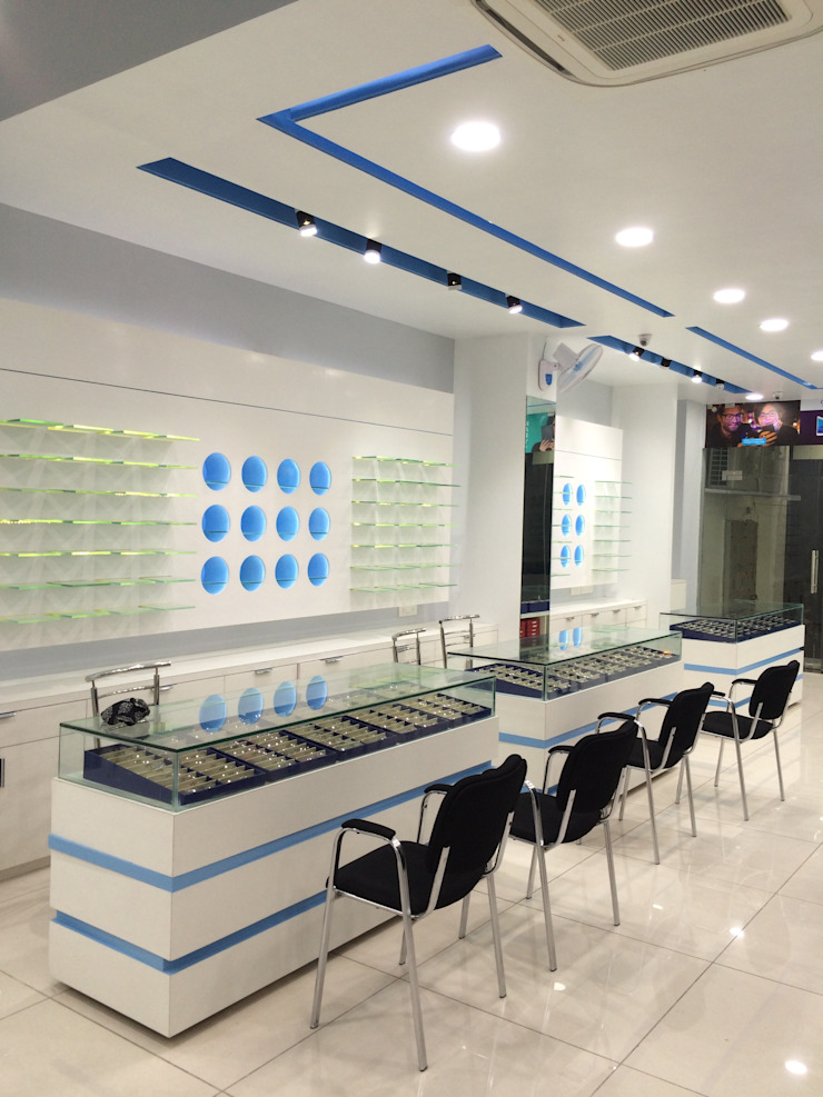 THE SPECTACLE STORE Modern offices & stores by Milav Design Modern