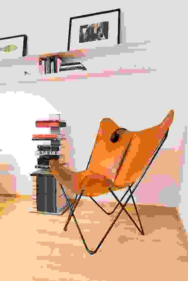 Salon minimaliste par ETNA STUDIO Minimaliste Bois Effet bois