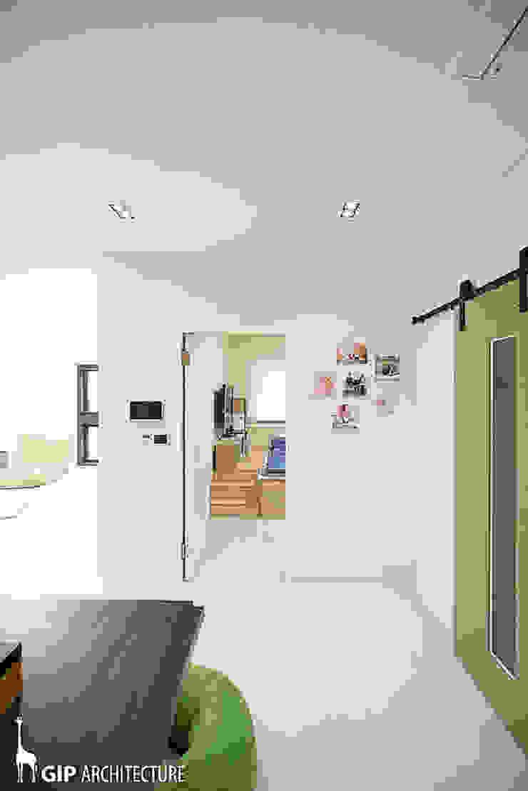 Puertas modernas de GIP Moderno