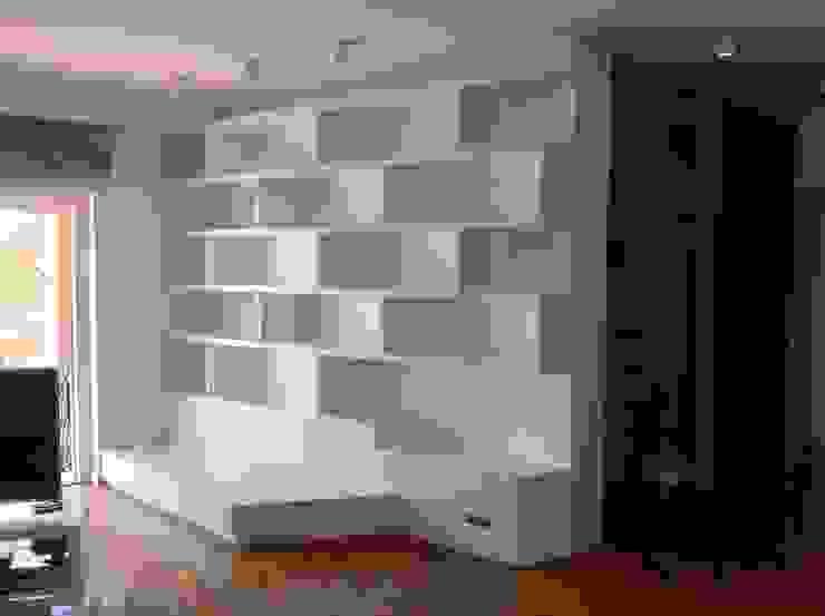libreria su misura Bucefalo Arredamenti Ingresso, Corridoio & Scale in stile moderno