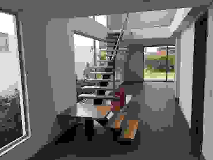Casa El Retiro de Conideal Moderno