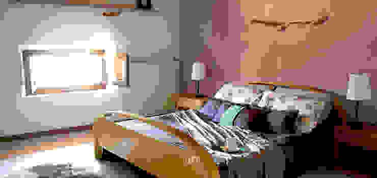 camera: DOPO. Rifò Camera da letto moderna