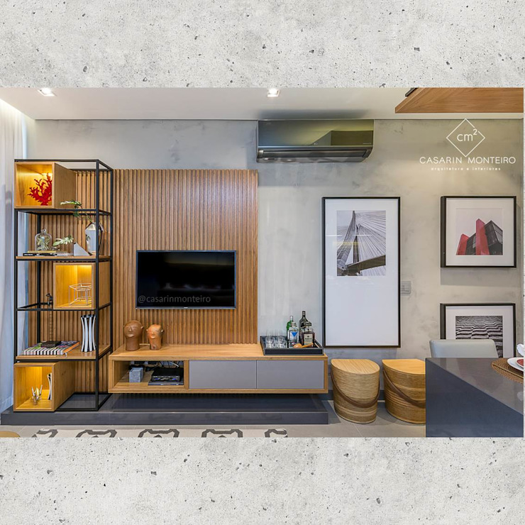 Flat Sampa Salas de estar modernas por CASARIN MONTEIRO ARQUITETURA & INTERIORES Moderno Madeira Efeito de madeira