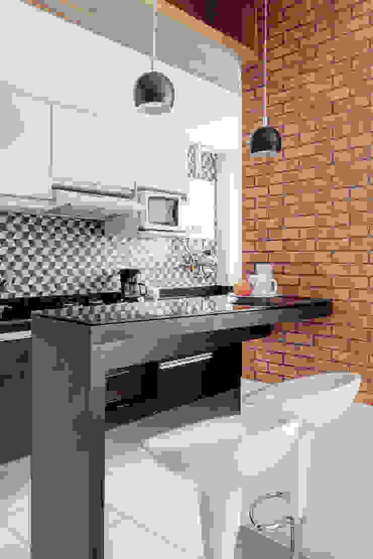 Camila Chalon Arquitetura Modern style kitchen