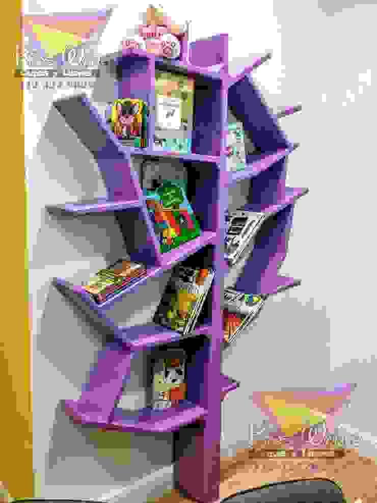 Fantástico librero con forma de arbol de camas y literas infantiles kids world Moderno Derivados de madera Transparente