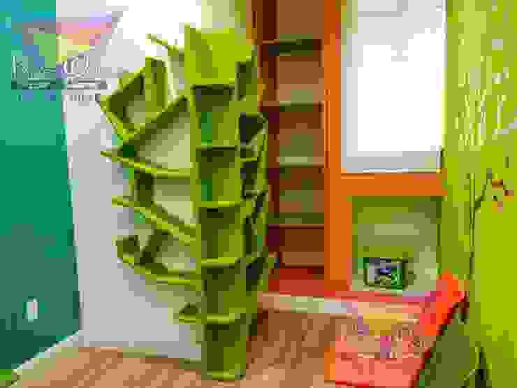 Fantástico librero-juguetero con forma de árbol de camas y literas infantiles kids world Moderno Derivados de madera Transparente