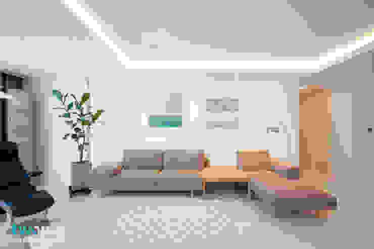 Salas modernas de 디자인투플라이 Moderno
