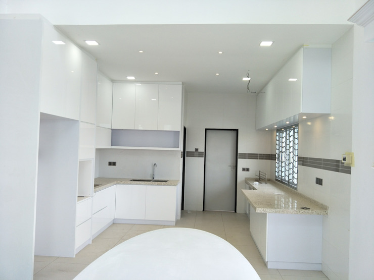 Cypress Villa(Penang) Skilled Decor & Design KitchenStorage