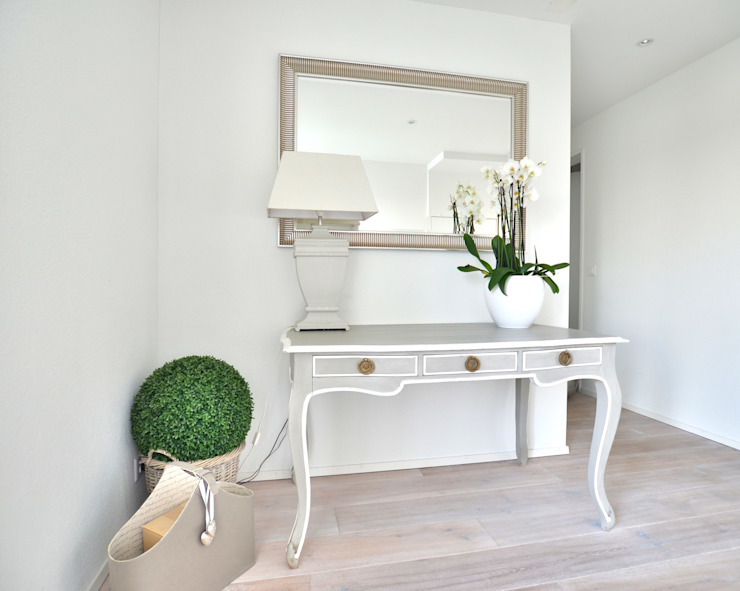 Dekoration Console Flur von Select Living Interiors Landhaus