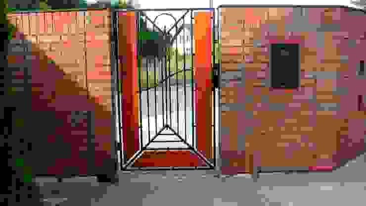 by ARCHITEKCI KOJDER Modern Bricks