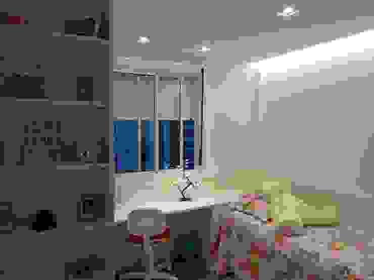 Ambiento Arquitetura Teen bedroom Wood White