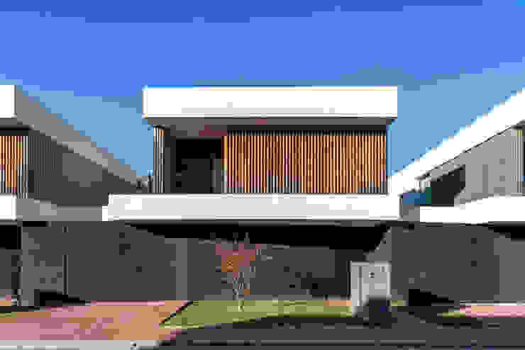 Moderne Häuser von Bruno Braumann - Fotografia de Arquitectura e Interiores Modern