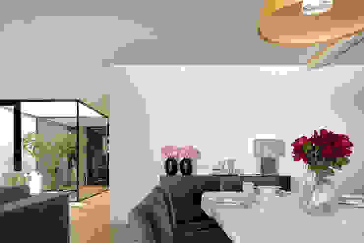 Moderne Esszimmer von Bruno Braumann - Fotografia de Arquitectura e Interiores Modern