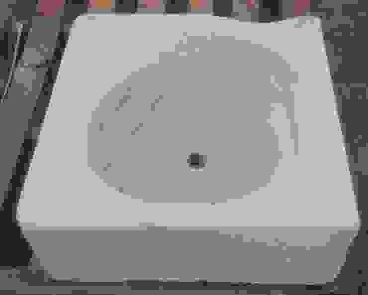 Lavabo de mármol recuperado. de Anticuable.com Ecléctico Mármol