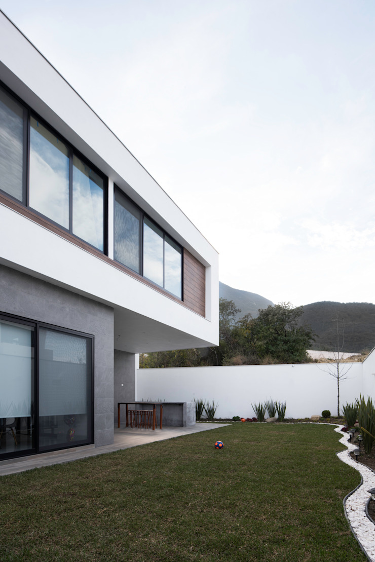 Fachada posterior de Nova Arquitectura Moderno