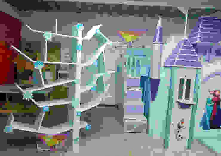 Original juguetero-librero estilo Frozen de camas y literas infantiles kids world Moderno Derivados de madera Transparente