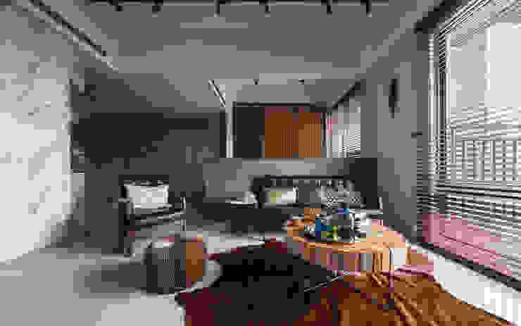 living room by DYD INTERIOR大漾帝國際室內裝修有限公司 Asian