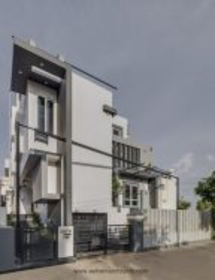 The Daylight Home | Luxurious 40×60 West Facing House Plans Design Modern houses by Ashwin Architects In Bangalore Modern