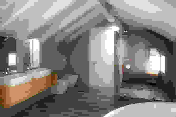 Modern bathroom by 3d-arch Modern